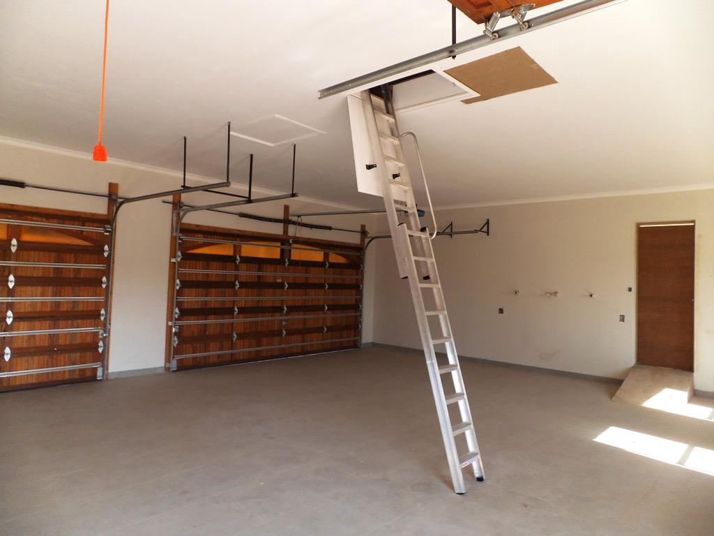 Storage In Garage Roof Accessed By Loft E Ladder   Loft E Ladder Memphite.